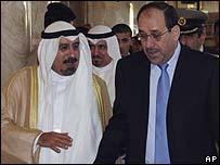 المالكي مع وزير الخارجية الكويتي الشيخ محمد الصباح