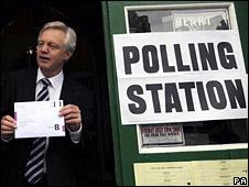 David Davis casts his vote
