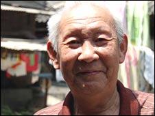 Beijing resident Xue Dongpo