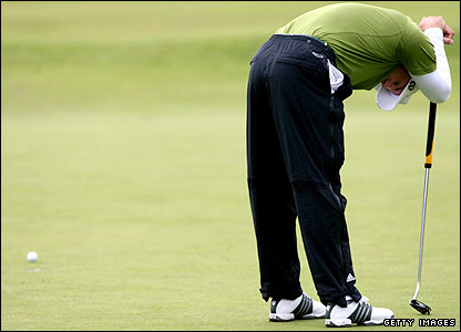Sergio Garcia cannot believe his putt has missed