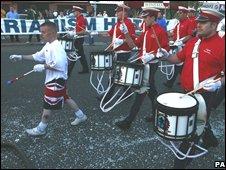 Loyalists march in Ardoyne