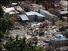 Aerial view of destroyed homes on Vilufushi island