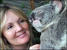 Gail Gipp from the Australian Wildlife Hospital and Lucky Grills koala