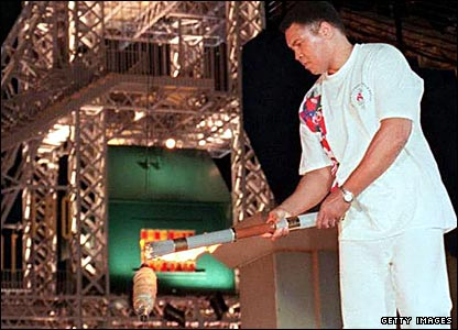 Muhammad Ali lighting the Olympic flame at the 1996 Atlanta Games opening ceremony