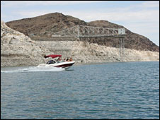 Pontoon at Lake Mead (Photo: Kevin Bishop)