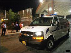 Vehicles leave the Hadarim prison in Israel carrying Lebanese prisoners