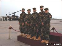 Пятеро освобожденных ливанцев