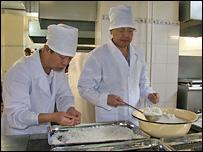 Приготовление еды для детей