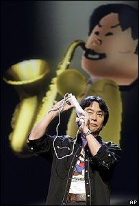 Shigeru Miyamoto demonstrating Wii Music
