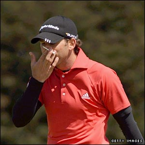 Sergio Garcia struggles at the start of his third round, dropping three shots in eight holes
