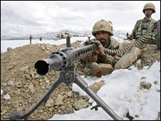 Pakistani soldiers on the Afghan border, file image