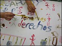 Mural hecho por niños en Paraguay