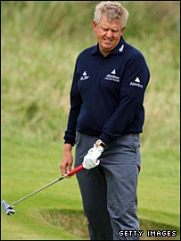 Colin Montgomerie grimaces as another Open chance slips by