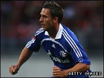 Former Rangers forward Peter Lovenkrands in action for Schalke 04