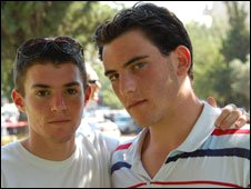 Yohanan Levin (right)