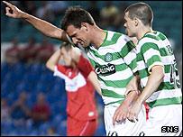 Jan Vennegoor of Hesselink celebrates his late Celtic goal