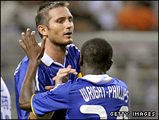 Frank Lampard celebrates his goal with Shaun Wright-Phillips