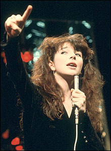 Kate Bush performs Wuthering Heights on Top of the Pops in 1978