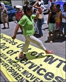Protesters in  Manila