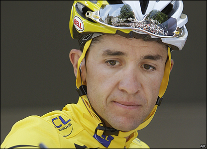 Carlos Sastre is in the yellow jersey