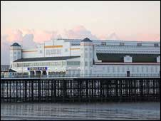 Weston-super-Mare Grand Pier: photo Caron Parsons
