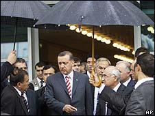 PM Recep Tayyip Erdogan arrives in Istanbul, 28 July 2008