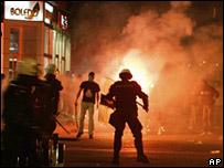 Imágenes de enfrentamientos en Belgrado