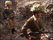 Pakistani soldiers on the LoC