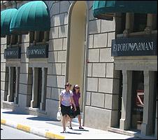 Shoppers in Nisantasi, Istanbul