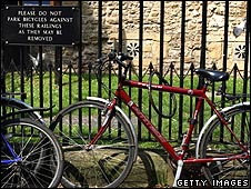 bike chained to railings in Oxford