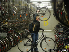 underground parking garage for bicycles