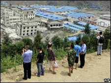 Temporary housing and schools in Yingxiu on 19 July 2008