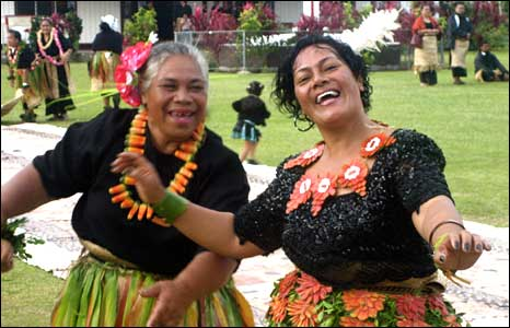 Tongan women dance as part of coronation festivities (pic David Marks)