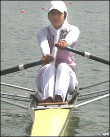 Iranian rower Homa Hosseini training in Tehran (July 2008)