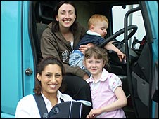Saira Khan and her son with Erin Thomas and her children