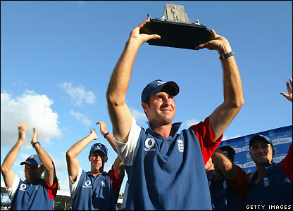 Vaughan holds aloft the Wisden Trophy