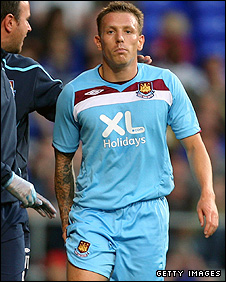 Craig Bellamy limps off injured on Monday night