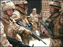 جنود بريطانيون في البصرة