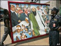 Un cuadro donde aparece Osama Bin Laden.
