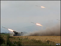 Грузинские подразделения обстреливают окрестности Цхинвали