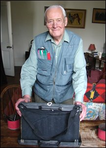 Tony Benn with the suitcase lecturn