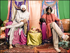 Snoop Dogg and Akshay Kumar  in Singh is Kinng