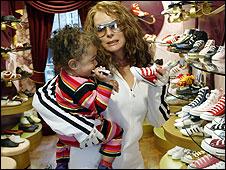 AbFab shoe shopping