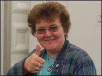 Hilma Lloyd Edwards yn gynharach ddydd Gwener