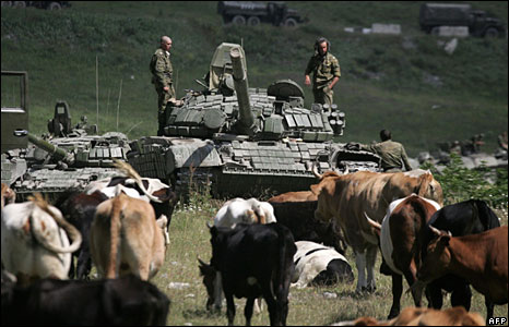 Russian tanks near the village of Dzhaba  (09/08/08)