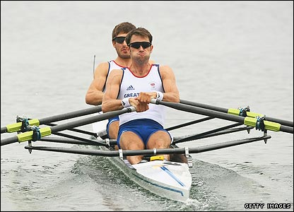 Zac Purchase and Mark Hunter cruise to an easy win in their lightweight double scull heat