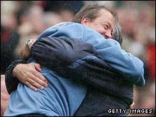 Alan Curbishley celebrates after keeping West Ham up in 2007