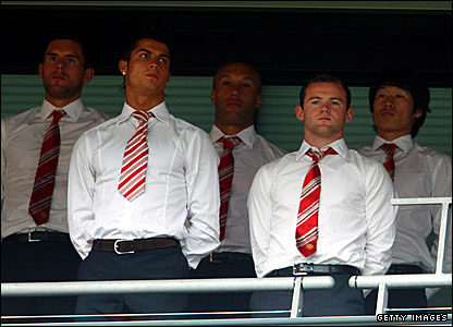 (l-r) Manchester United's Ben Foster, Cristiano Ronaldo, Mikael Silvestre, Wayne Rooney and Ji Sung Park