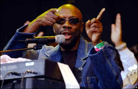 Isaac Hayes at the Glastonbury Festival, 2002