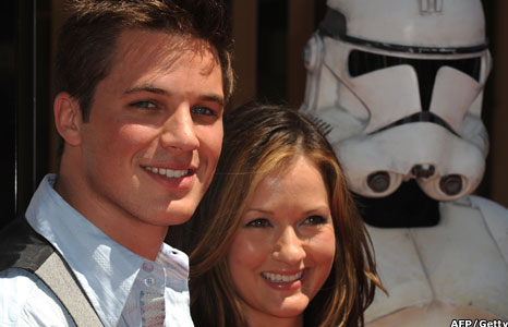 Matt Lanter and Catherine Taber
